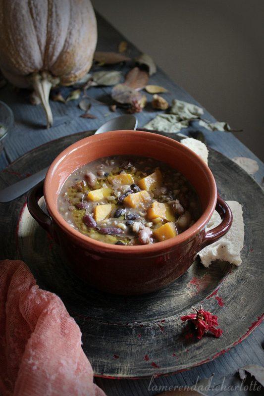 minestrone con grano khorasan e zucca